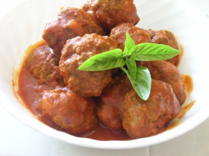 Meatball recipe from FOOD.com, photo from user Kiss*My*Tiara